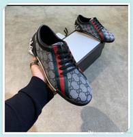 mejores zapatos para correr con descuento al por mayor-top best Brand discount Hombres Flyline Zapatillas para correr, Skateboarding Ones Shoes Alta calidad 2019 Low Cut Outdoor Zapatillas de deporte Zapatillas de deporte