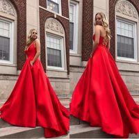 backless diamond prom kleider großhandel-2019 Modest Ballkleider Mit Tasche Rot Ballkleid Diamant V-ausschnitt Sleeveless Party Kleider Backless Günstige Formale Kleider Vestido De Festa