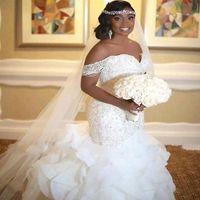 rendas de casamento vestidos de volta sereia venda por atacado-Elegante Sereia Africano Vestidos de Casamento 2019 Ruffles Off The Shoulder Pérolas Lace up Voltar Vestidos de Noiva