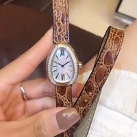 pérolas relógios mulheres venda por atacado-Frete Grátis Serpenti 28 MM Mulheres Relógio de Pulso Único Caso Forma Dupla Espiral Marrom Pulseira de Couro de Quartzo Das Mulheres Relógios Mãe De Pearl Dial