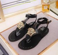 mujeres grandes látex al por mayor-Marca Lady Summer 2019 Fashion Toe Sandalias Hebilla de metal Zapatos de mujer sexy de cuero grandes