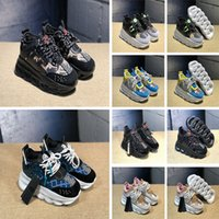 Wholesale yellow plastic chain resale online - 2019 Fashion Luxury Chain Reaction Mens Womens Casual Shoes Ladies Girls District Medusa Link Embossed Sole Designer Trainer Sneakers