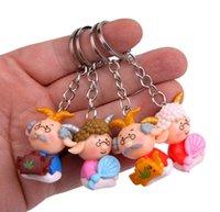 bebek şirketi toptan satış-Keçi Styling Doll Anahtarlık Karikatür 3D Bebek Anahtarlık El Yapımı sevimli Yaşlı erkekler Anahtarlık Klasik Çift Çanta Kolye Şirketi Parti Hediye HYS353