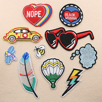 Wholesale car embroidered patches resale online - Sunglass Feather Car Fire Balloon Bee Embroidery Patches Sew Iron On Applique Repair DIY Badge Patch For Kids Clothes Jacket Bag Garment