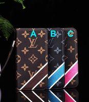 çiçek kartı kutusu tutucu toptan satış-Lüks Telefon Kılıfı Moda Paris Gösterisi Klasik eski çiçek IPhone için X XS XR XS Max Durumda Deri Kapak Kabuk Kart Tutucu Geri Koru ...