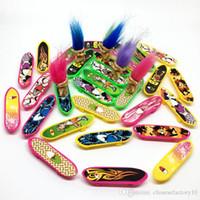 skate de 12 rodas venda por atacado-Mini Plástico Dedo Skate Brinquedo Quatro Rodas Scooter Crianças Mãos Brinquedos Skate Slide Board Esporte Ao Ar Livre