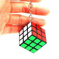 ingrosso rubik giocattoli-Key Chain Factory direttamente vendite Keychain Rubik cubo 3cm Puzzle Magic Game Toy Key Borsa Opp Packakge IQ Giocattoli educativi regalo