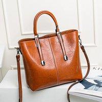 tasarımcı çantalı omuz çantaları toptan satış-Kadınlar Moda Bayan PU Deri için Tasarımcı kaliteli Çantalar En Satchel Omuz Bez Çantalar Kulp