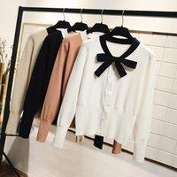 casacos curtos bonitos venda por atacado-Gigogouo Preppy Atada Decoração Bowtie Mulheres Cardigans De Cintura Alta Estilo Curto Meninas Da Escola Cardigan Camisola de Malha Bonito Casaco