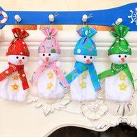 ingrosso bambole di colore rosa-Bomboniera per borsa di Natale pupazzo di neve avvolgente frutta bambola di Natale 2018 Candy Sack 4 colori Home Kids Cute