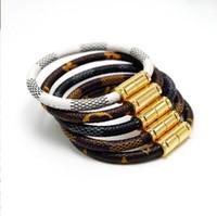pulseira homem novo venda por atacado-Nova moda hipster pulseira de couro listrado homens e mulheres casal pulseira de liga de fivela magnética pulseira atacado