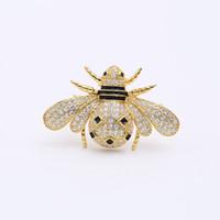 ingrosso gioielli in zircone coreano-New coreano creativo spilla femminile intarsiato zircone di alta qualità carino ape cartoon spilla temperamento cappotto femminile pin squisita gioielli accessori