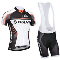 traje de carreras al por mayor-Tour de France Men Team GIANT Jersey de ciclismo Ropa de bicicleta transpirable Tops de bicicleta Conjuntos de babero Conjuntos de bicicleta de montaña Racing Sport Suit