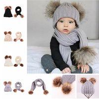 sevimli çocuklar eşarpları toptan satış-Sevimli Çocuklar Örgü Şapka Eşarp Set Bebek Ponpon Kış Sıcak Şapka Yumuşak Bebek Eşarp Moda Kürk Topu Kasketleri LJJT1437 Caps