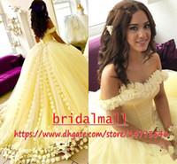 balada de vestidos de bola amarela venda por atacado-Amarelo 3D Floral Flores Longos Prom Dresses 2019 Novo Fora Do Ombro vestido de Baile Quinceanera Vestido Doce 16 Vestido de Festa Formal À Noite Desgaste