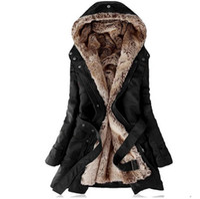 kürk kaplı parka ceket bayanlar toptan satış-Faux kürk astarlı kadın palto kürk Hoodies Bayanlar Sping kış sıcak uzun ceket ceket pamuklu giysiler termal parkas