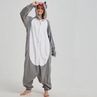 yetişkin yılbaşı onesies pijama toptan satış-Rahat Gri Kurt Kigurumi Pijama Hayvan Polar Yetişkin Onesies Kadın Pijama Tek Parça Pijama Cadılar Bayramı Noel Partisi