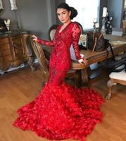 vestidos de graduación florales al por mayor-2019 New Sparkly Sequin Red Mermaid 3D Floral Tren Vestidos de baile de manga larga Sexy con cuello en V Plus Size African Graduation Reflective Dress