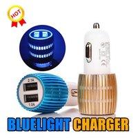 ingrosso l'azzurro ha condotto le luci dell'automobile-Caricabatteria da auto Nuovo caricabatteria da auto USB dual LED blu universale Convertitore universale Adattatore colorato 2 USB per Iphone X Samsung S10 LG HTC