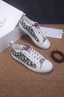 итальянские шнурки для обуви оптовых-Новый бренд высокого класса мужская повседневная обувь удобная ходьба фитнес мужская обувь на шнуровке 38-44 ярдов бесплатная доставка итальянская кожа 2 цвета