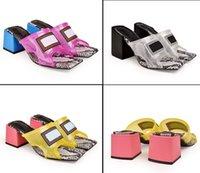 saltos de blocos grossos venda por atacado-Novo Bloco Chegada Sandálias de Salto Médio Sapatos Casuais Transparente Colorir Sandália de Salto Grosso Designer de Luxo Deslizamento Chinelos Moda Mulas Flip