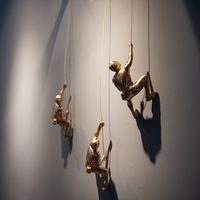 Creative Rock Climbing Men Sculpture Resin Statue Figurine Oranments Home Decor Wall Hanging Decorations T200331