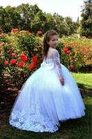 ingrosso le ragazze bianche dell'annata si vestono-Vintage Flower Girls Dresses For Wedding 2019 Bianco con mezza manica corta in tulle di pizzo Una linea increspata bambina per bambine prima comunione