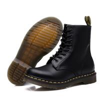 un cuero al por mayor-Zapatos de cuero genuino de los hombres Martens Doc hombres Dr.Motorcycle caliente Pareja tobillo de las mujeres unisex botas T191018