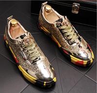 moda stil ayakkabı toptan satış-Yüksek kaliteli moda erkek kıdemli İngiliz tarzı kaplan kafası; Perçin lüks ayakkabı erkekler için açık rahat ayakkabılar a49