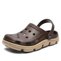 муле засовывают тапочки оптовых-Мужчины Повседневная обувь Летние сандалии мулов башмаков свет дышащий пляж Тапочки Мужчины Вода обувь Hollow тапочка