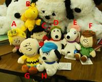 boneca de amendoim venda por atacado-Amendoim popular Quadrinhos Brinquedos de Pelúcia 20 cm Snoopy Charlie Brown Figuras Boneca 8 Estilos de Animais De Pelúcia Bonecas Para Presentes Dos Miúdos Frete Grátis