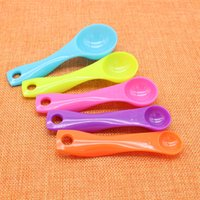 Lot 7PCS Plastic Measuring Cups and Spoons Plastic Kitchen Tools Baking Teaspoon
