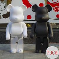 siyah ayı oyuncağı toptan satış-Büyük 1000% 70 CM Bearbrick moda Siyah ayı ve beyaz ayı koleksiyonerler Için Oyuncak rakamlar Toplayıcılar Olun @ rbrick Sanat Eseri model süslemeleri