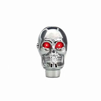 rote gangstockknöpfe großhandel-Silber Chrom Schädel Schaltknauf Manuelle Stick Schaltknöpfe - LED Light Red Eyes