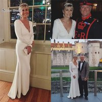 Wholesale natural red coral beads sale for sale - Group buy 2019 White V neck Evening Dress With Appliques and Beads Long Sleeves High End Quality Dress Custom Made Hot Sales formal party dresses