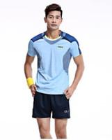 trajes de voleibol al por mayor-El nuevo 2019, de manga corta, de secado rápido, cuello redondo, uniforme deportivo, moda de ocio, se adapta a voleibol masculino y femenino.