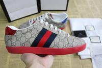en iyi erkek moda ayakkabıları toptan satış-Lüks moda Tasarımcı Ayakkabı Mens Womens Yılan ACE Hakiki Deri Tasarımcı Sneakers En İyi Hediye düz çizmeler rahat Rahat Ayakkabılar