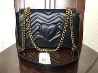 tasarımcı çantalı omuz çantaları toptan satış-2019 Moda Aşk kalp V Dalga Desen Satchel Tasarımcı Omuz Çantası Zincir Çanta Lüks Crossbody Çanta Bayan Bez çantalar