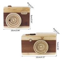 caja de música clásica al por mayor-2019 nuevos caja de música de madera de diseño retro de la cámara clásica melodía cumpleaños decoración del hogar vocales Juguetes Regalos de Navidad