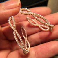 aretes de oro al por mayor-Pendientes de aro de perlas geométricas de moda para mujeres Micro Pave Pearl Gold Filled Earings Elegant Wedding Jewelry