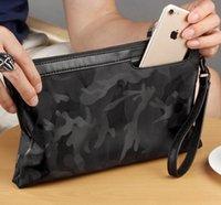 ingrosso nuove borse di tela-Nuovi uomini pochette in tessuto Oxford borsa casual busta mimetica uomini borsa a mano uomini frizione portamonete