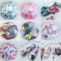 ingrosso ombrelloni in nylon-Guqi Luxury Umbrellas FLOWER Bumbershoot Summer Sunshade Donna Protezione solare Portable Beach Colors Mix Fashion 50fp F1