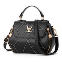 mode schultertasche für damen großhandel-2019 neue frau mode v buchstaben designer handtaschen luxus qualität dame schulter crossbody taschen heißer umhängetasche