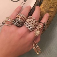 ring lovers man venda por atacado-Novos anéis de cadeia para iced out cz anel de dedo da banda para a namorada do amante do presente dos Namorados de ouro cubano rocha homens anéis