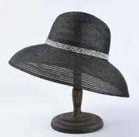 chapeaux de golf à larges bords achat en gros de-Chapeaux à bord large Style Hepburn Français Chapeau de paille à bord large français Été Voyage en plein air Protection solaire Chapeau de soleil