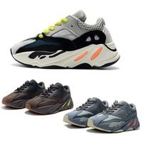 sıcak pembe bebek ayakkabıları toptan satış-Çocuklar Koşu Ayakkabıları Kanye West Dalga Koşucu 700 V2 Gençlik Ayakkabı Eğitmenler Sply 700 Spor Sneakers Casual Yürüyor Ayakkabı Boyutu: 28-35