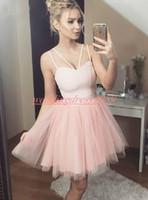 ingrosso semplice vestito da partito corto di rosa-Cinghie stile semplice Tulle Pink Abiti Homecoming Arabo Cheap Juniors Occasion Dress Knee Lunghezza Breve Prom Dress Cocktail Party Club Wear