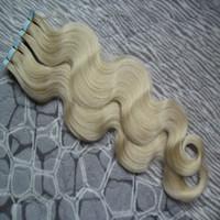 cinta extensiones de cabello mezcla rubia al por mayor-Cinta de onda corporal en extensiones de cabello humano 40 pcs. Pelo brasileño virgen. Cinta de trama de piel de PU en / en extensiones de cabello remy. # 60 Platino Rubio