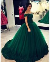 seksi top yeşil akşam elbiseleri toptan satış-Zümrüt Yeşil Quinceanera Elbiseler 2019 balo Abiye Kapalı omuz Dantel Aplikler Korse Geri Tatlı 16 Elbise Kızlar Için Parti Ucuz