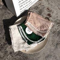 pantalones cortos chicas verde al por mayor-INS Baby Kids Girls Floral Blooms de encaje en blanco blanco verde Fashions Lovely Baby Girls Shorts pantalones PP diseñador ropa para niños
